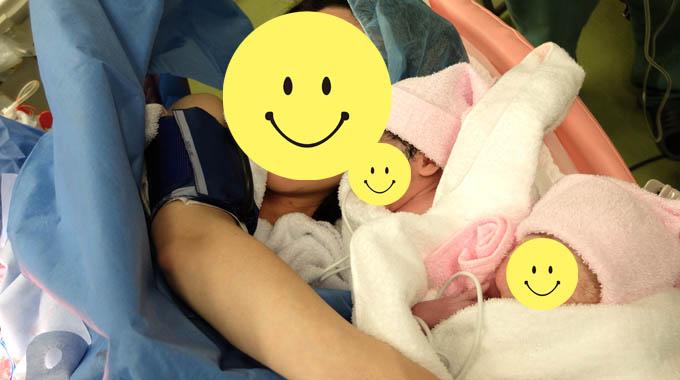 双子の帝王切開で立会出産して実現できたこと『初めての家族写真』